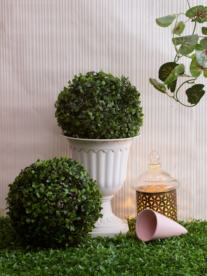 Buy Artificial PVC Eucalyptus Boxwood Topiary Ball (23 Cm X 23 Cm X 23 Cm, Green, Set Of 2) Online